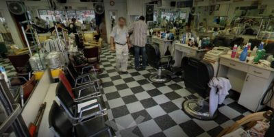 Hollywood 2002 Barber Shop